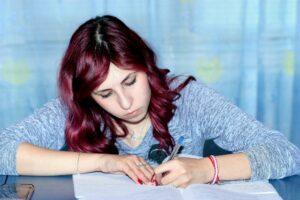 exam-girl-learning-159810 (1)