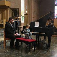 indv-piano-lesson-boy